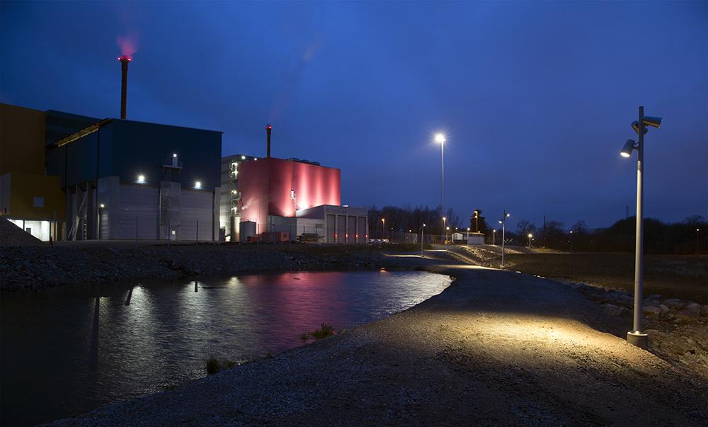 LED-strålkastare skapar fin ljusmiljö vid Skövde Värmeverk