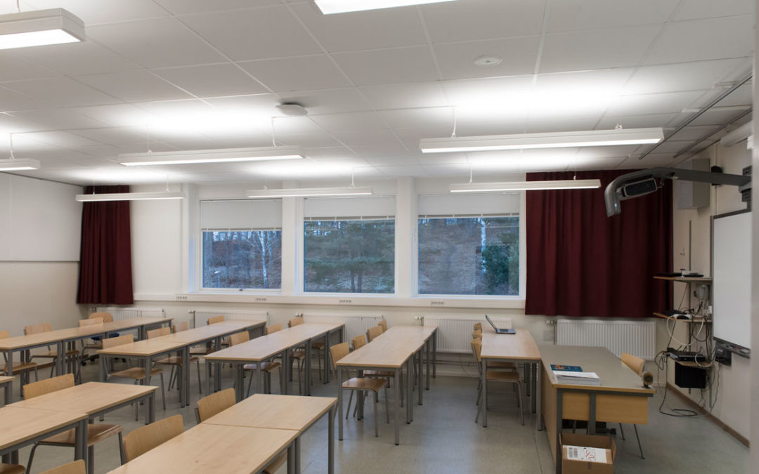 Bra belysning för eleverna i Karlbergsgymnasiet